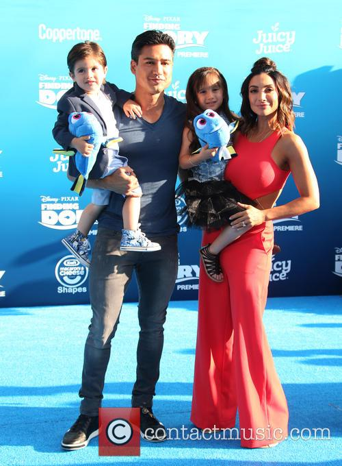 Mario Lopez, Courtney Laine Mazza, Dominic Lopez and Gia Francesca Lopez 2