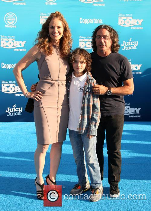 Amy Brenneman, Brad Silberling and Bodhi Russell Silberling 10