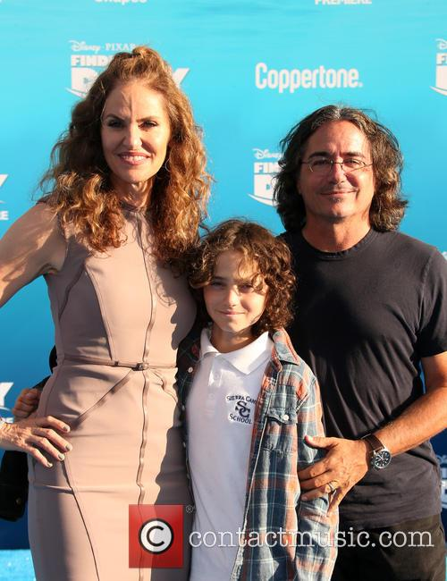 Amy Brenneman, Brad Silberling and Bodhi Russell Silberling 11