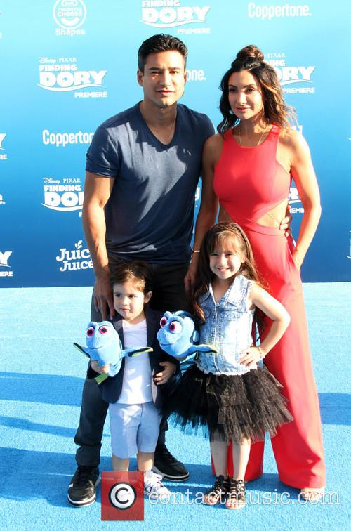 Mario Lopez and Family 2