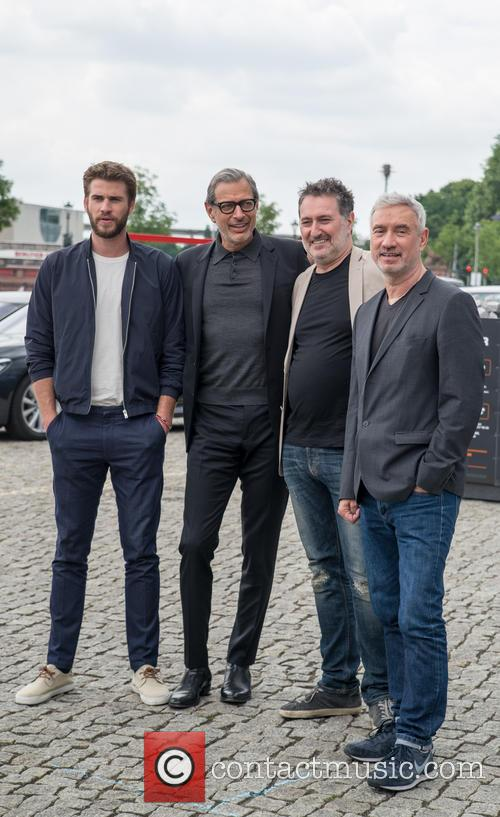 Chris Hemsworth, Jeff Goldblum and Roland Emmerich 2