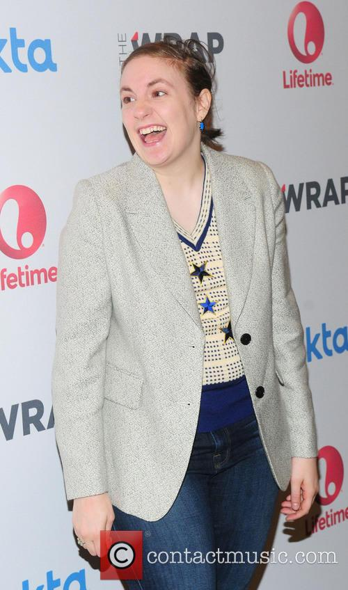 Lena Dunham Attempts To Clarify Story About Odell Beckham Jr Ignoring Her At The Met Ball