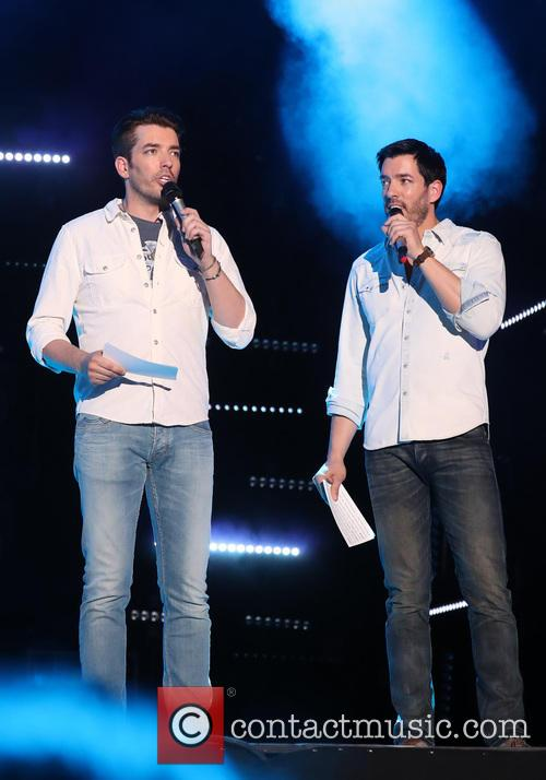 Jonathan Scott and Drew Scott 2