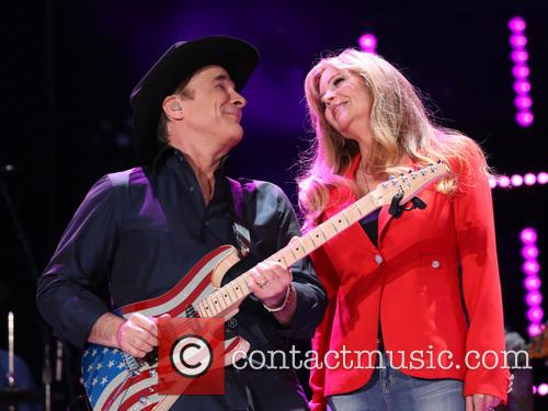 Clint Black and Lisa Hartman Black 9