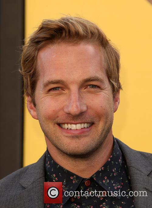 Ryan Hansen 4