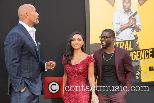 Dwayne Johnson, Danielle Nicolet and Kevin Hart 7