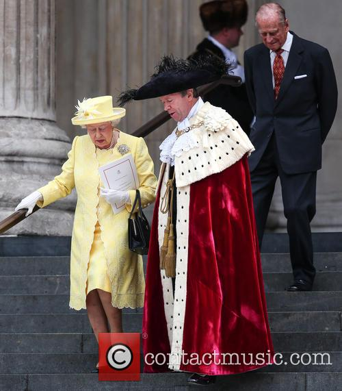 Queen Elizabeth Ii, Lord Mayor Of London Jeffrey Evans, Prince Phillip and Duke Of Edinburgh 4