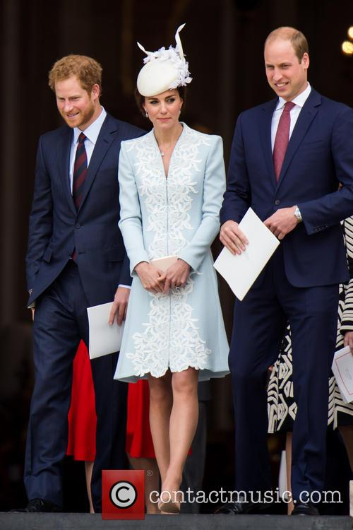 Prince Harry, Queen, Kate, William and Kate Middleton 8