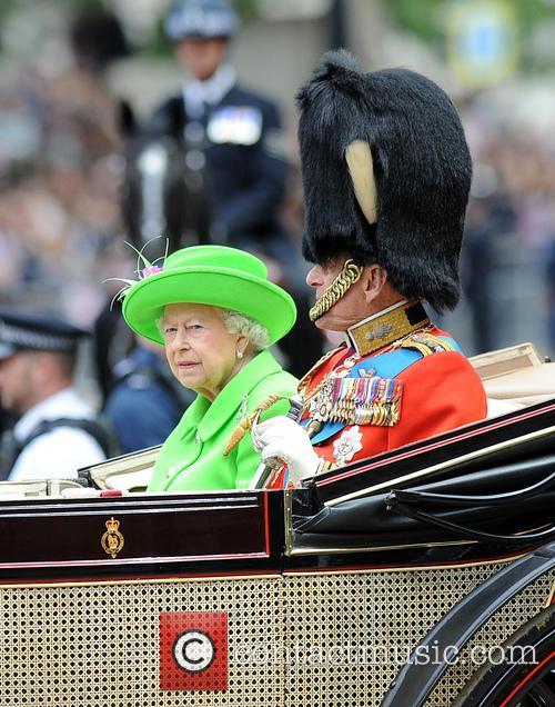Hrh The Queen and Duke Of Edinburgh 11