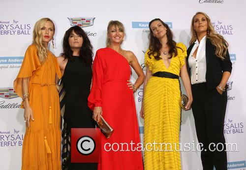 Rachel Zoe, Selma Blair, Rebecca Gayheart, Liz Carey and Elizabeth Berkley 2