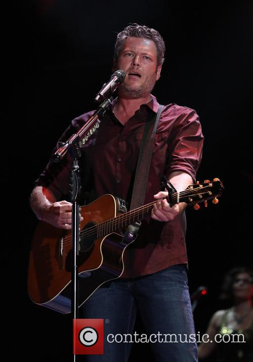 Blake Shelton Plays Two Free, Intimate Gigs In Tiny Venues