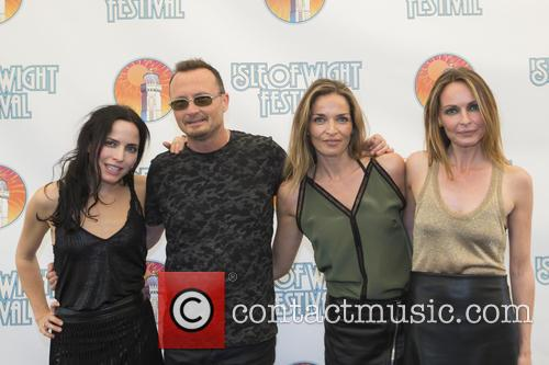 Sharon Corr, Jim Corr, Caroline Corr and Andrea Corr 2