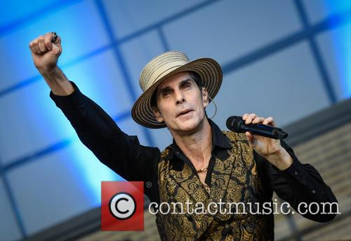 Perry Farrell and Janes Addiction 3