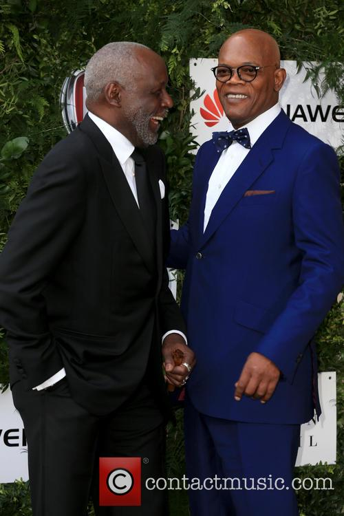 Richard Roundtree and Samuel L Jackson 5