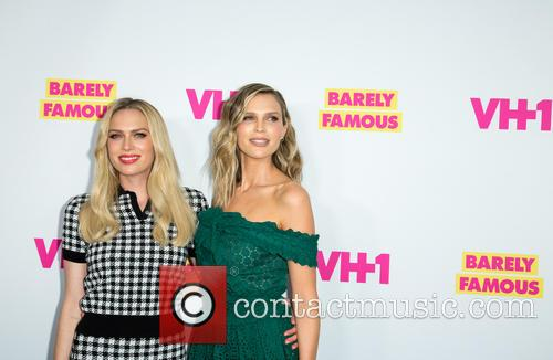 Actresses Erin Foster (l) and Sara Foster 1