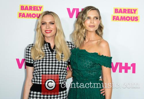 Actresses Erin Foster (l) and Sara Foster 2