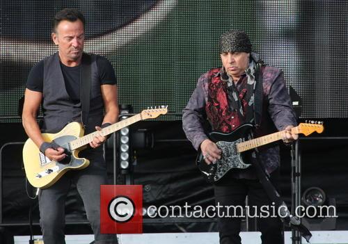 Bruce Springsteen and Steven Van Zandt 9