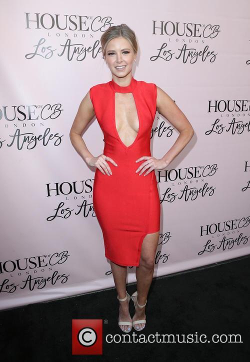 Ariana Madix 4