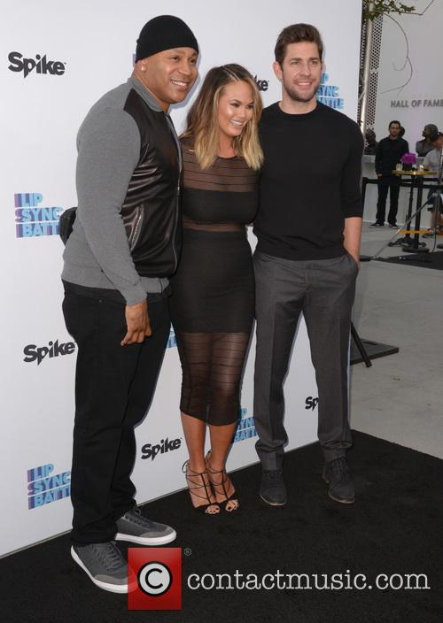Ll Cool J, Chrissy Teigen and John Krasinski 4