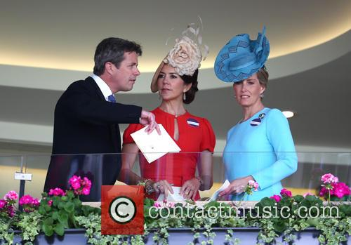 Sophie, Countess Of Wessex, Princess Mary Of Denmark and Prince Frederik Of Denmark 4