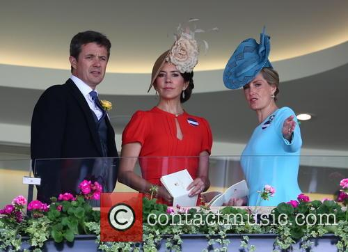 Sophie, Countess Of Wessex, Princess Mary Of Denmark and Prince Frederik Of Denmark 6