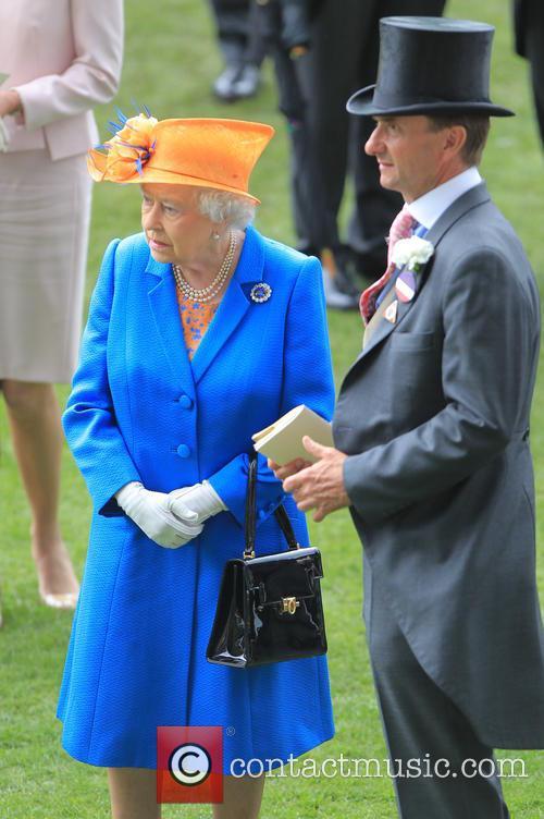 Queen Elizabeth 8