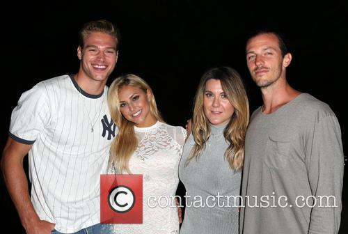 Matthew Noszka, Cassie Scerbo, Danielle De Gregory and Guest 8