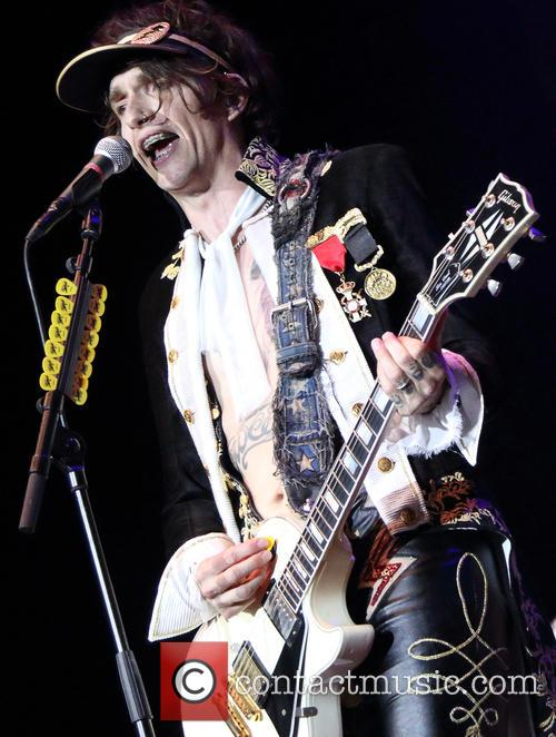 Justin Hawkins and The Darkness 2