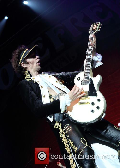 Justin Hawkins and The Darkness 3