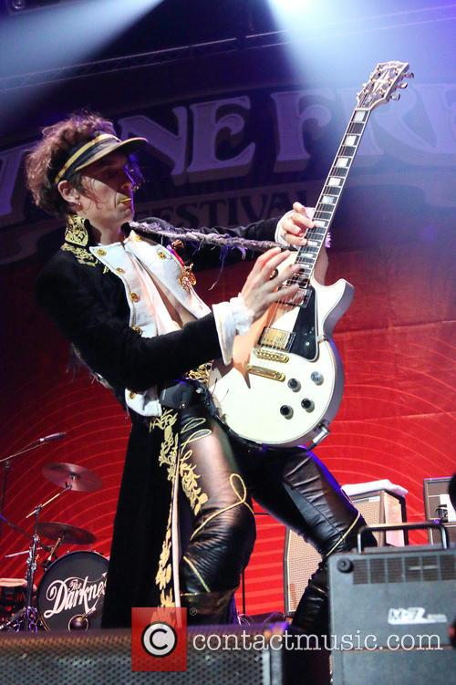 Justin Hawkins and The Darkness 4