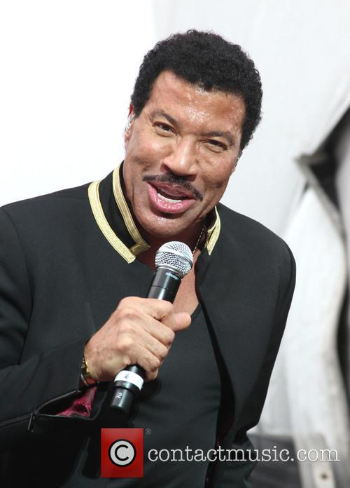 Lionel Richie performs live in concert
