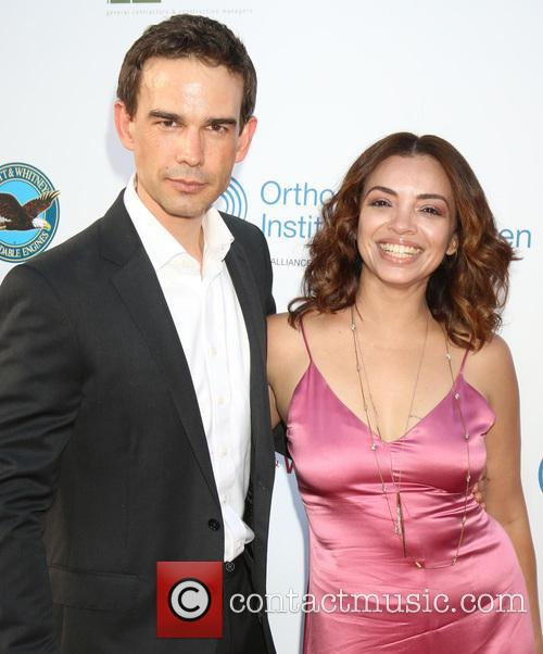 Christopher Gorham and Ariel Lopez 4