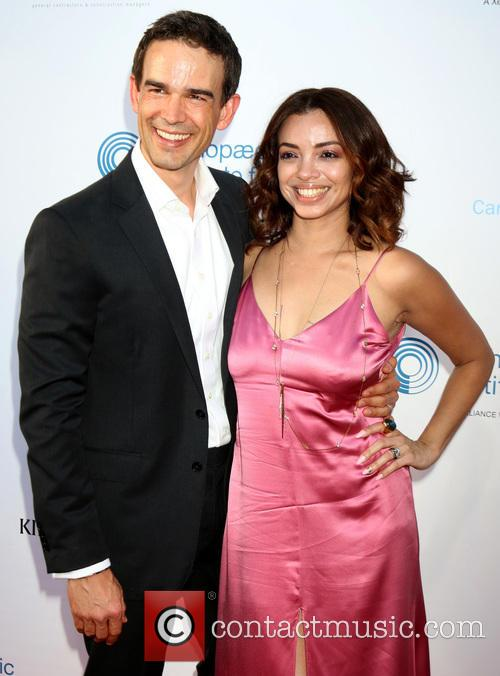 Christopher Gorham and Ariel Lopez 5