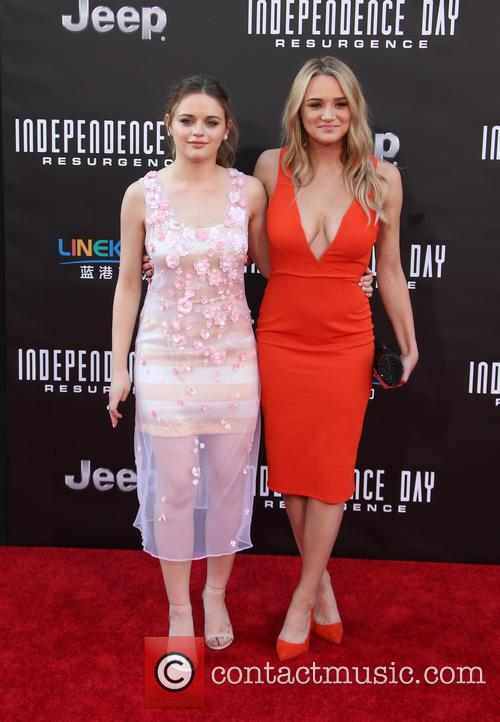 Joey King and Hunter King 4