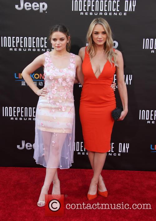 Joey King and Hunter King 7
