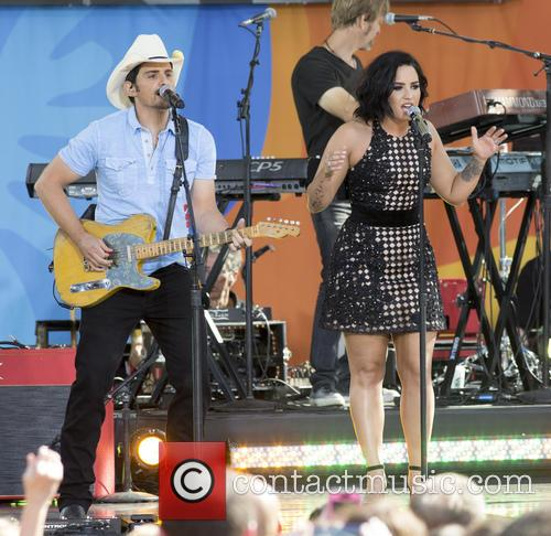 Brad Paisley and Demi Lovato 4