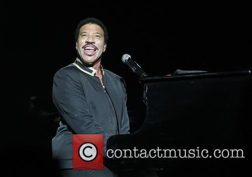Lionel Richie performing at Manchester Arena