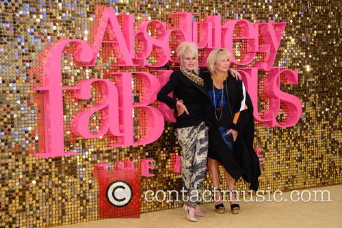 Jennifer Saunder and Joanna Lumley 7