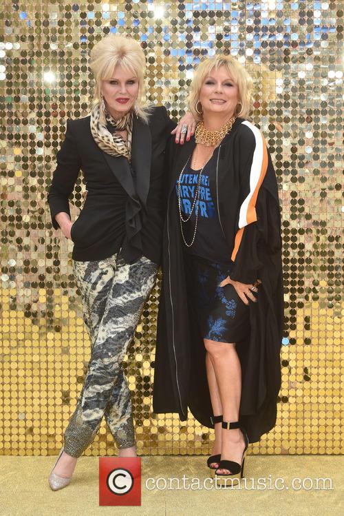 Jennifer Saunders and Joanna Lumley 3