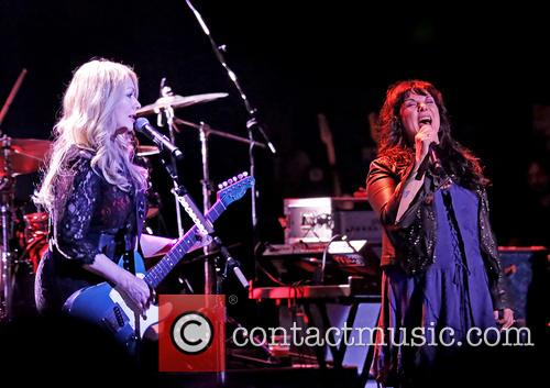 Heart, Nancy Wilson and Ann Wilson 2
