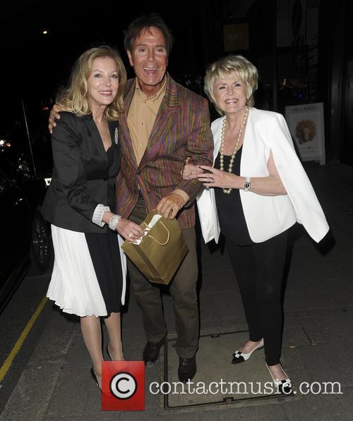 Sir Cliff Richard and Gloria Hunniford 4