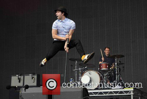 Maxïmo Park and Paul Smith 2