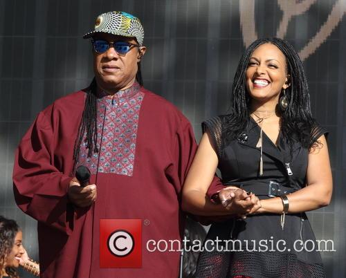 Stevie Wonder and Wayna Wondwossen 2