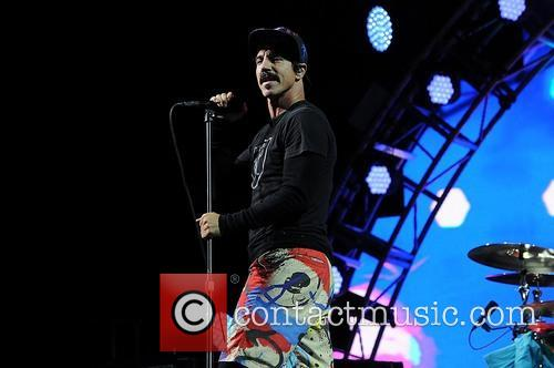 Red Hot Chili Peppers 6