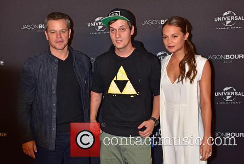 Matt Damon, Lefloid (florian Mundt) and Alicia Vikander 1