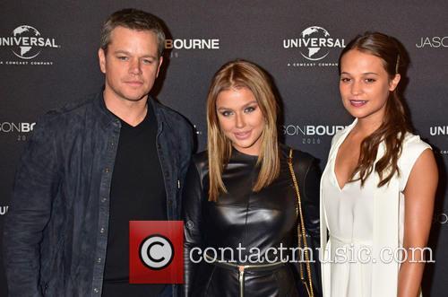 Matt Damon, Kim Gloss and Alicia Vikander 10