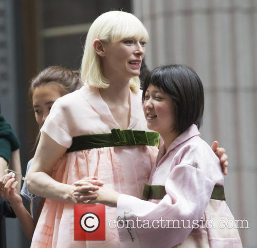 Seo-hyeon Ahn and Tilda Swinton 6