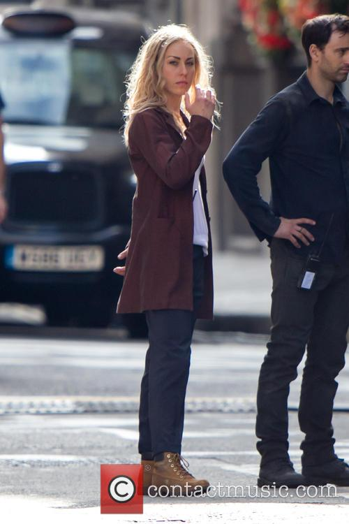 Annabelle Wallis and Tom Cruise 2