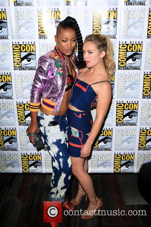Keke Palmer and Billie Lourd 5