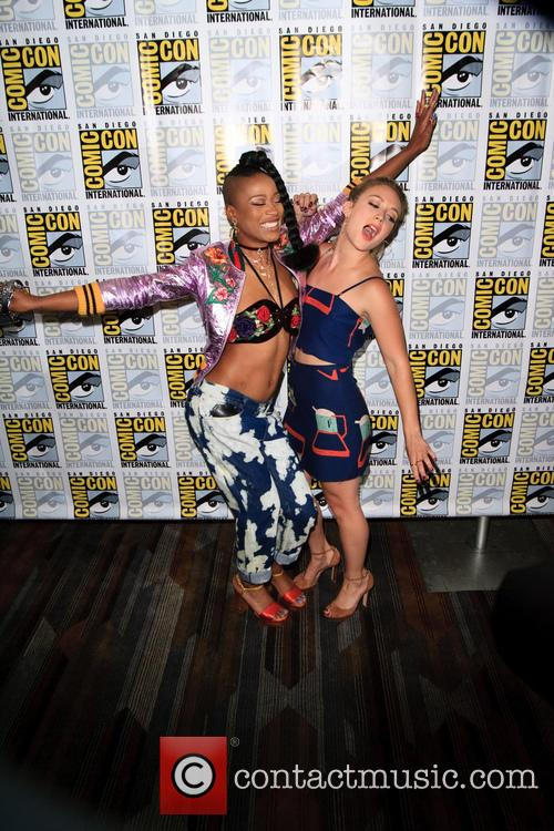 Keke Palmer and Billie Lourd 6